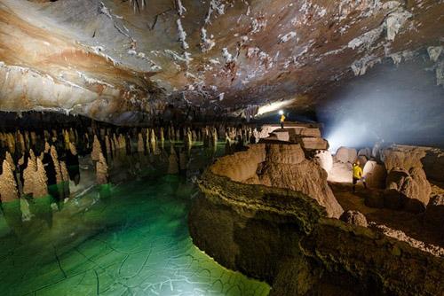 Hệ thống hang động Quảng Bình