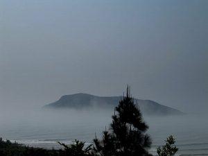 Khu du lịch Vũng Chùa – Đảo Yến