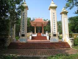 Đền thờ Lăng mộ Nguyễn Hữu Cảnh