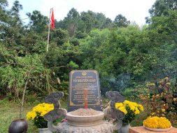Tour Du lịch Bắc Quảng Bình Viếng mộ Đại tướng