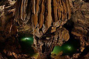 Tháng du lịch khám phá hang động Việt Nam – Quảng Bình 2012