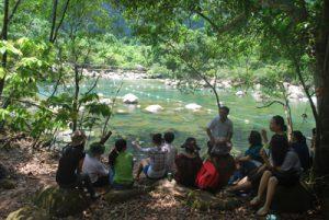 Đi du lịch Quảng Bình cùng đồng nghiệp