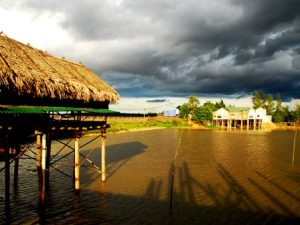 Quảng Bình-Gió và cháo cá Bàu Sen