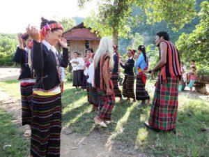 Phục dựng âm nhạc truyền thống người Bru-Vân Kiều