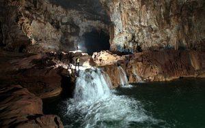 Quảng Bình: Ghi nhận 20 hang ở hệ thống hang động Tú Làn