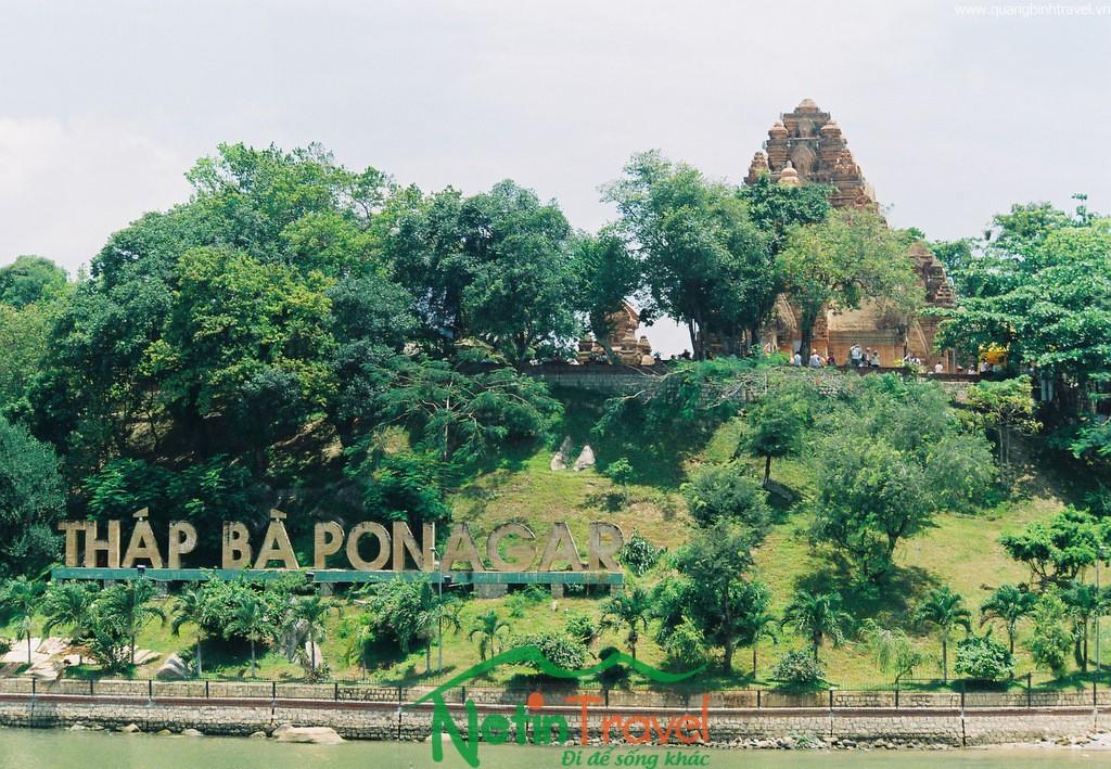 Quảng Bình – Quy Nhơn – Tháp bà Ponaga – Nha Trang – Vinpearl land – Thung Lũng Tình Yêu – Dinh Bảo Đại – Thuyền Viện Trúc Lâm – Đà Lạt – Quảng Bình