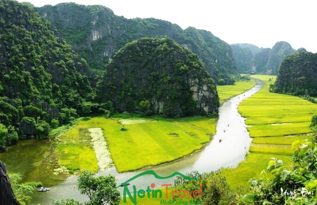 Quảng Bình – Vịnh Hạ Long – Đảo Tuần Châu – Lăng Bác – Văn Miếu – Đền Ngọc Sơn – Bái Đính – Tràng An – Quảng Bình