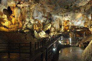 Tour Du lịch Hà Nội Quảng Bình 4 ngày 5 đêm