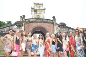 Hoa hậu hòa bình thế giới city tour Đồng Hới