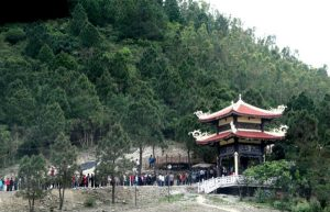 Viếng mộ đại tướng Võ Nguyên Giáp tại Vũng Chùa – Đảo Yến