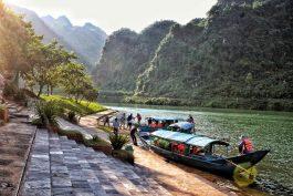 Tour Hồ Chí Minh – Du lịch Huế – Quảng Bình