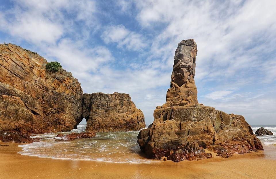 Đá Nhảy - điểm du lịch miễn phí ở Quảng Bình