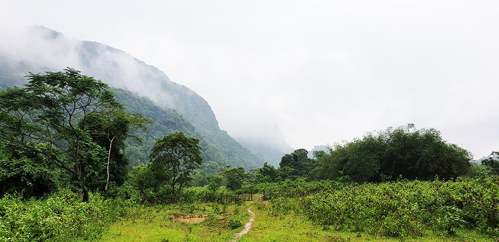 Đường đến Hồ Tiên