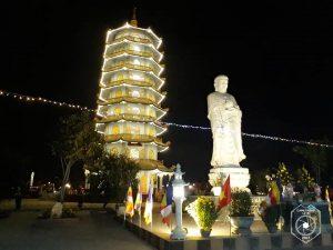 Chuyến hành hương đầu năm đến những ngôi chùa cổ ở Quảng Bình