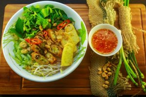 Bỏ túi những nhà hàng, quán cơm ngon ở thành phố Đồng Hới khi đến du lịch Quảng Bình