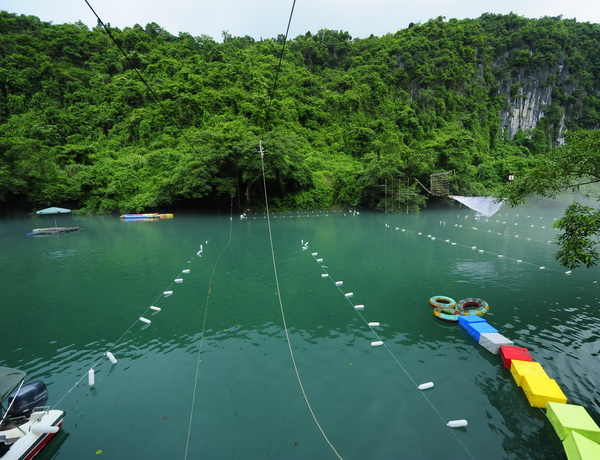 zipline sông Chày hang Tối