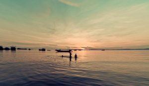 Khám phá dòng sông Nhật Lệ của Quảng Bình – dòng sông tuyệt đẹp nhất