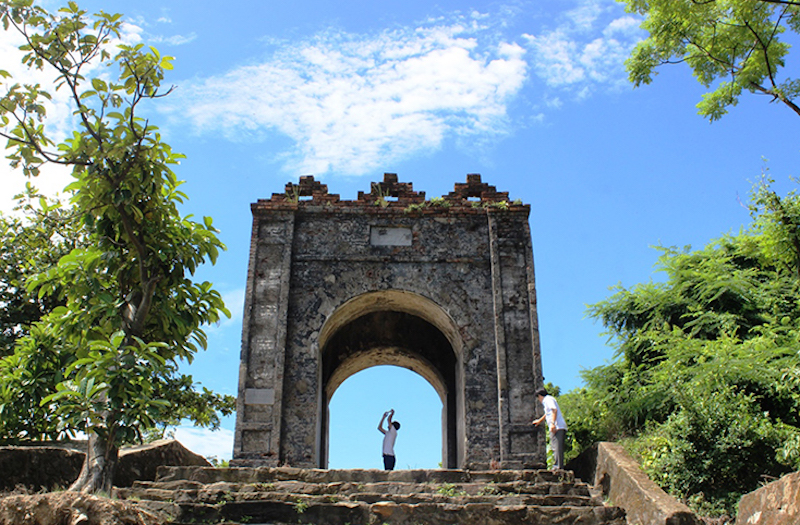 Cổng Trời - Hoành Sơn Quan