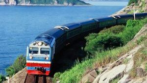 Đường sắt Việt Nam cung ứng thêm gần 300.000 vé cho dịp tết Canh Tý.