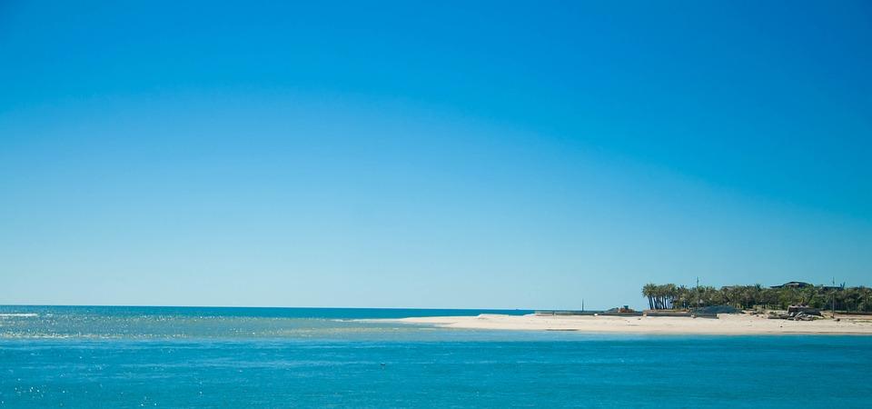 Biển Nhật Lệ Quảng Bình