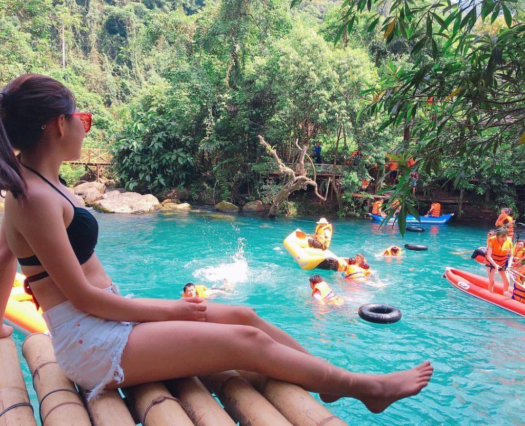 điểm du lịch Quảng Bình - suối nước Mooc